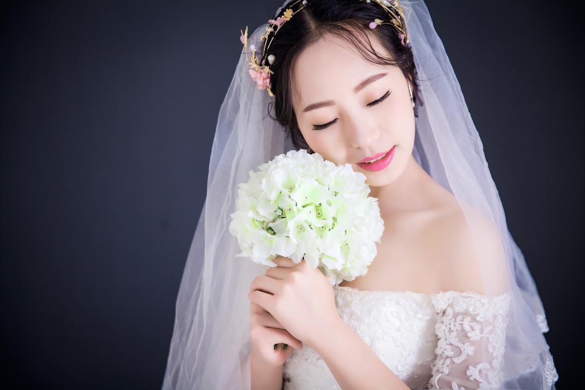 鲜花 美女 婚纱照 新娘 5K壁纸