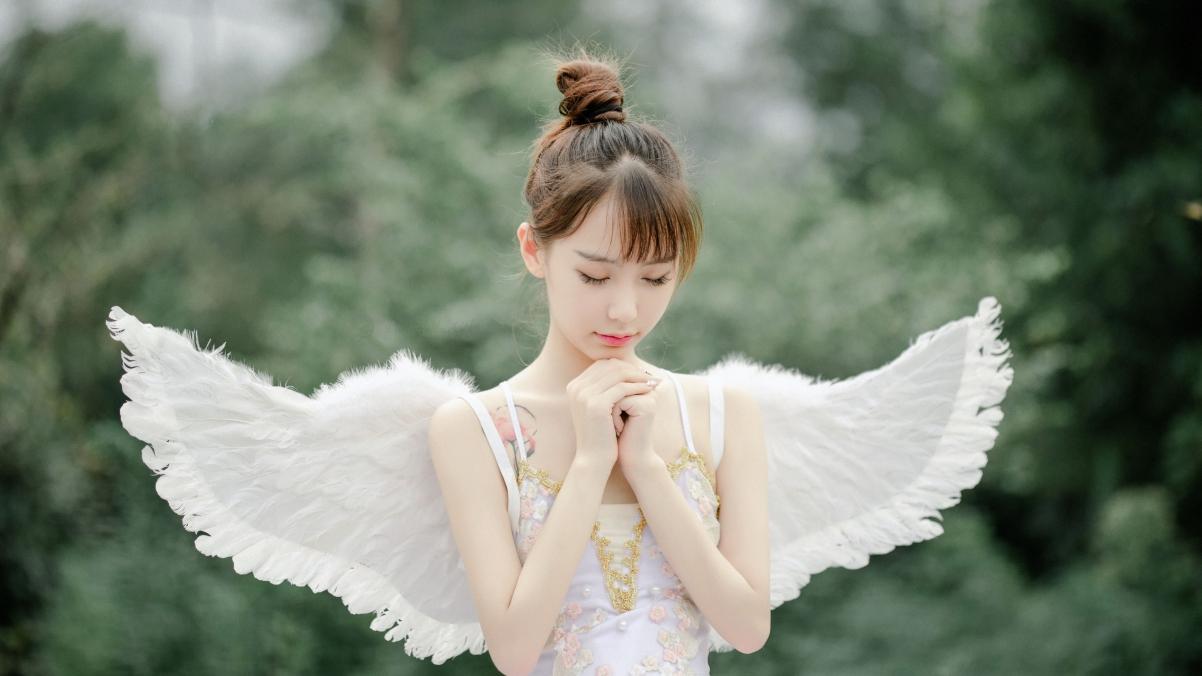 可爱天使美女许愿4k电脑壁纸高清3840×2160