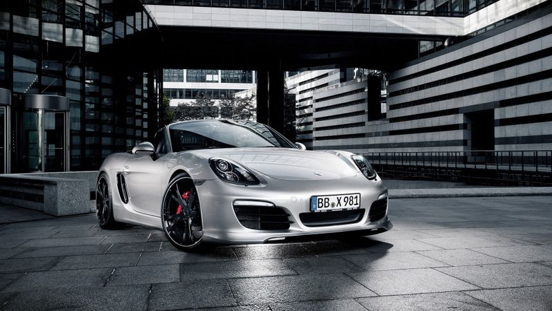 银色的跑车高清汽车壁纸