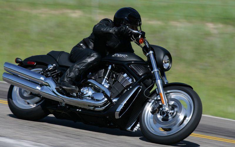 哈雷摩托车高清壁纸桌面
