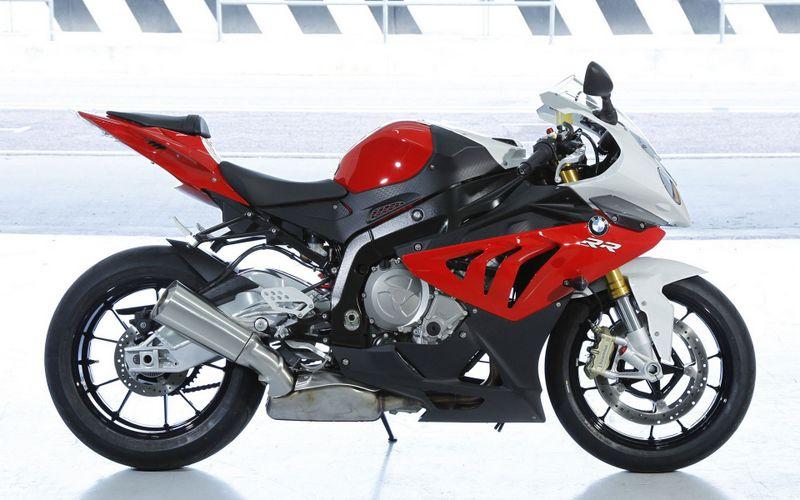 宝马bmw摩托车高清壁纸图片