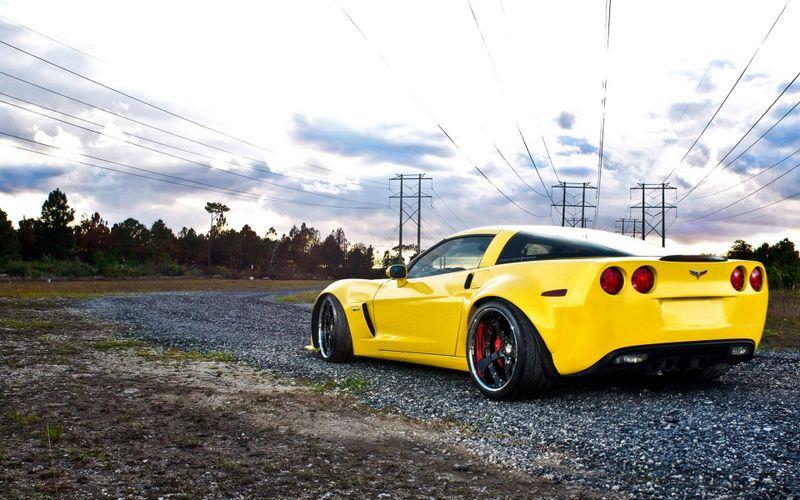 黄色跑车高清壁纸