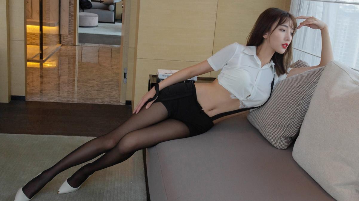 陆萱萱 黑色丝袜美腿 养眼好看身材4k美女壁纸