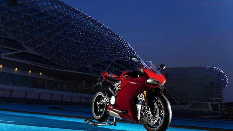 杜卡迪1199摩托车高清壁纸