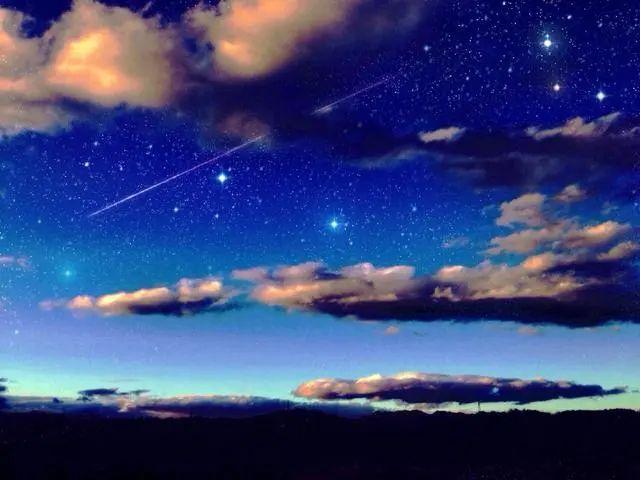唯美动漫壁纸:星空系列,看不完人间的美景,道不尽人生的哲理!